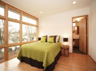 Beautiful-Bed-Room-Interior-Design-Ideas-with-Wallpapers